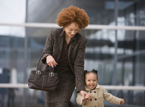 working-mom-young-daughter