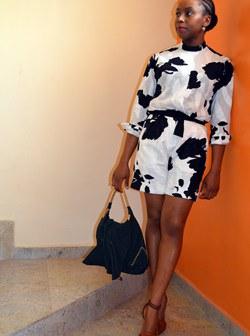 Chimamanda-Adichie-March-19-Vogue-16Feb15-pr_b_250x336