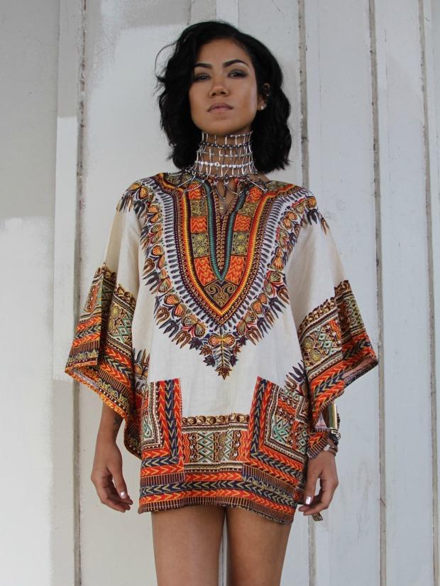Jhene-Aiko-wearing-a-Dashiki